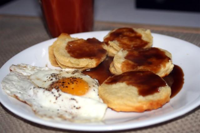 Eggand biscuits